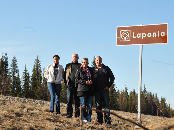 Za tym znakiem rozciąga się Laponia :)